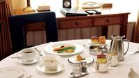 プライベートステイ 〜ルームサービスで夕食・朝食を〜
