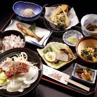 【静岡県民限定◇一泊二食】女将自慢の季節料理7品と「名物いのしし料理」をご堪能!