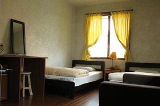 206号室 化粧台付き 3ベッドルーム