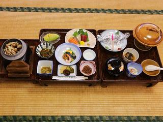 【3時間!飲み放題付き】女将特製の季節食材御膳と温泉も満喫!ワイワイ宴会プランB(WI-FI完備)