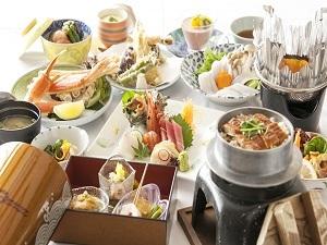 ★★  お部屋でゆっくり夕食 和室/バス・トイレ付