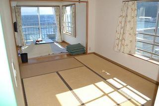 3階海側:1室10畳(畳6畳+フローリング4畳 ※禁煙室※)