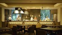 【春夏旅セール】スタンダード★石窯焼きピザやグリル料理を堪能♪ 夕食は『ライブビュッフェ』プラン