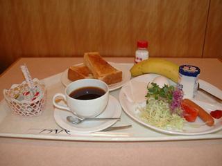 【秋得】<朝食付きプラン>サービス朝食(洋)付けて(朝7時から営業)