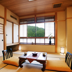 ■涸沢の間-Karasawa-■(和室8畳)〜安らぎの空間〜