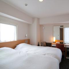 【桜島側】喫煙:ビューツイン(ベッドは100cm幅×2台)