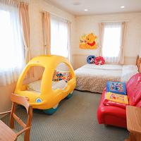 202*ツイン+子供用車型ベッド<ユニットバス付>