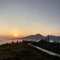 *【送迎付きで早朝でも楽らく♪】神秘的な早朝の車山山頂へご案内!サンライズ雲海リフト付プラン*