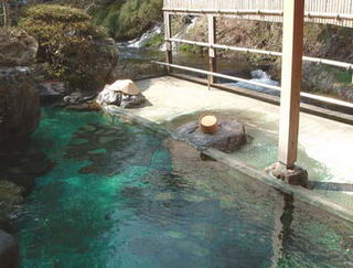 渓流露天湯の宿 河鹿荘