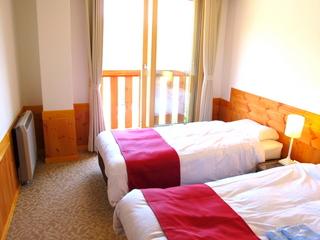 【お先でスノ。】カモシカの来る宿♪アルペンムード溢れる山岳ホテル★貸切温泉と伝統の山岳ホテル料理