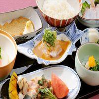 【ディナーステイ】日本料理「雲海」にて料理長自慢の鯛丼コースを♪(朝夕食付)