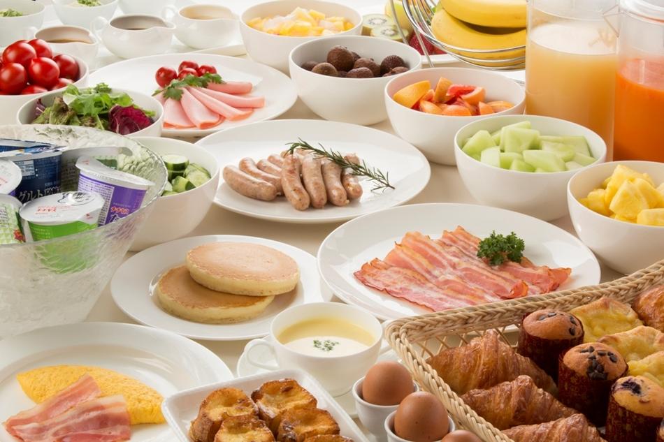 【IHG・ANA・ホテルズ楽パック限定プラン!】大人気の朝食付♪