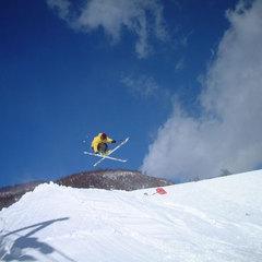 【お先でスノ。】《大町温泉郷から行くスキー&スノボ》鹿島槍スキー場リフト2日券付★