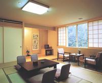 【朝食付き】夕食は軽井沢のお好きな場所で♪家族風呂貸切無料!天然温泉と朝食付プラン