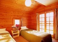 年末年始・連休  スタンダード1泊2食 !中学生以下はー新した峰の原スキー場リフト無料