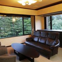 【3室限定】湯西川の大自然をパノラマで楽しめる春の花見館(最上階)の「特別室・準特別室ご宿泊プラン」