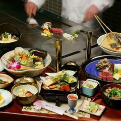 【さき楽55】大切な人とプレミアム和牛を味わう料理が早期予約で2,000円お得な「鉄板焼会席プラン」