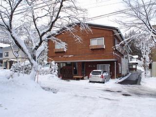 リーズナブルな別館・和室を利用して、白馬岩岳スノーフィールドリフト1日券付き、素泊まりプラン