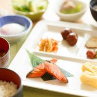 【直前割】ご朝食(25品以上の和洋バイキング)付プラン