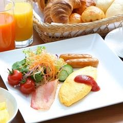 【一日の始まりは最上階パノラマ朝食で】シンプルステイ<選べる朝食付>