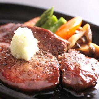 【飛騨牛尽くし会席】色んな美味しさ食べ比べ!上質な飛騨牛を心ゆくまで堪能♪お肉大好きさん必見プラン☆