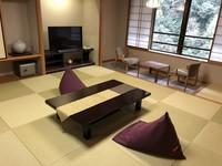 【禁煙:7階和室】川側 渓流美の和室12畳(42平米)