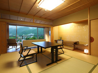 中央館|6〜8F|和室10畳+リビング(50平米)