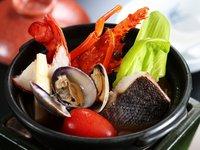 【和洋両方が愉しめる和洋会席】国産牛陶板焼きと活け鯛のカルパッチョ