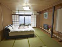 和室8畳ベッドタイプ(ダブル/ウォシュレットトイレ付)