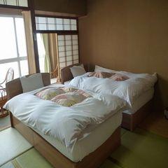 ツインベッド付和室8畳オーシャンビュー
