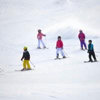 【冬季限定】清里・八ヶ岳エリアでスキー・スノーボード満喫☆彡小学生レンタルスキー無料特典付