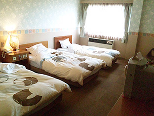 尾道しまなみの朝日が見える3人部屋●トリプル26平米●