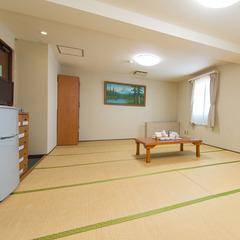 ●和室14畳(3〜6名)専用のアウトバス・トイレ付