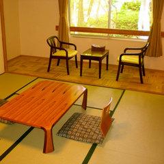 大浴場目の前和室12畳(バスなし・洗浄機能付トイレあり)