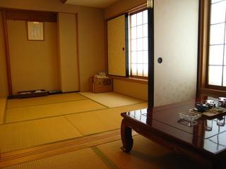 【喫煙】 6畳+3畳 和室