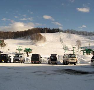 1日リフト券付★スキーもスノボも雪遊びも★1泊2食・雪と温泉を楽しむ【みなかみ冬満喫プラン】