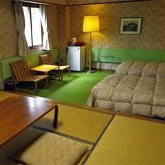 ■白樺林が一望できる和洋室10畳