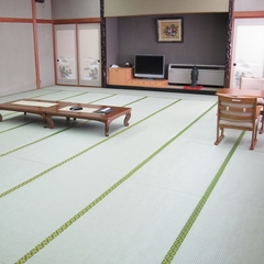 大きいお部屋で皆一緒にお泊り楽プラン8〜20名同室トイレ付ウォシュレットネット接続無料