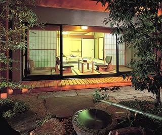 【特別室】清澄 和洋中60種 贅沢創作バイキングプラン 陶器&檜のお風呂付