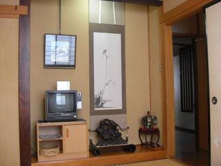 野沢温泉の山が見える和室6畳