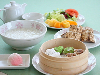 洋食&中華のフルコースが日替わりで楽しめる レギュラーディナープラン