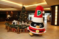 【サンタクロースペントンとグリーティング♪】Meet Santa Claus Penton