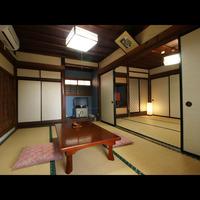 昔ながらの湯治和室【12畳襖仕切り】