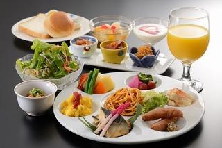 【ぐるっと博】タイ風グリーンカレーが評判の和洋ブッフェ朝食付フ゜ラン】