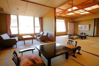 【新館】貴賓室(広々三間続き客室/ツインベッド付)