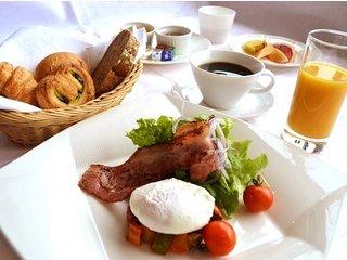 【休日は山梨へ】富士山のおいしい空気と朝食をどうぞ☆ 朝食付きプラン♪