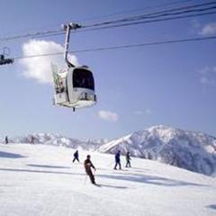 【スキー・スノボー】品数少なめ☆白山一里野温泉スキー場または白山セイモアスキー場の【1日リフト券】付
