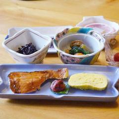 【朝食グレードアップ】最終チェックイン21:30までOK!朝食付プラン