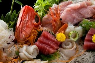 ☆【秋P】お祝い・記念日にも最適♪ 秋のスタンダードプラン+船盛・キンキ煮魚付プラン【紅葉】