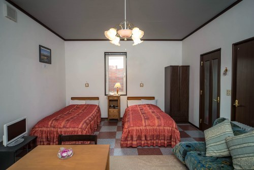 Kamar Cottage Twin (Cottage Twin Room)